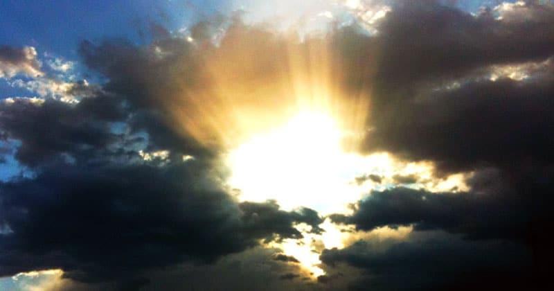 Sun / clouds, optimism / pessimism